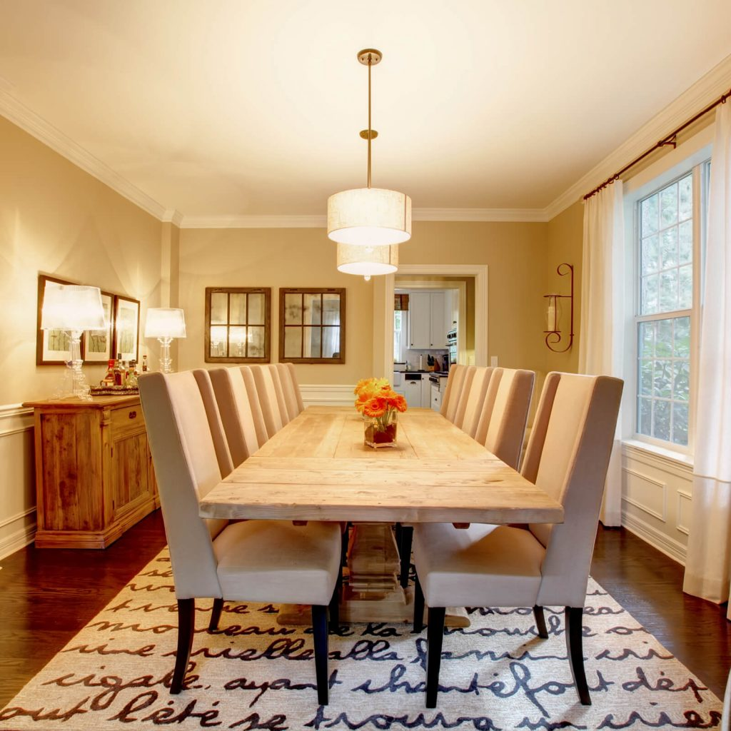 Choosing the Best Rug for Your Dining Room | Family Floors
